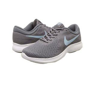 Nike | Women Revolution 4 Wide Sneekers Sz 10